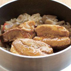 豚角煮の釜めし 550円